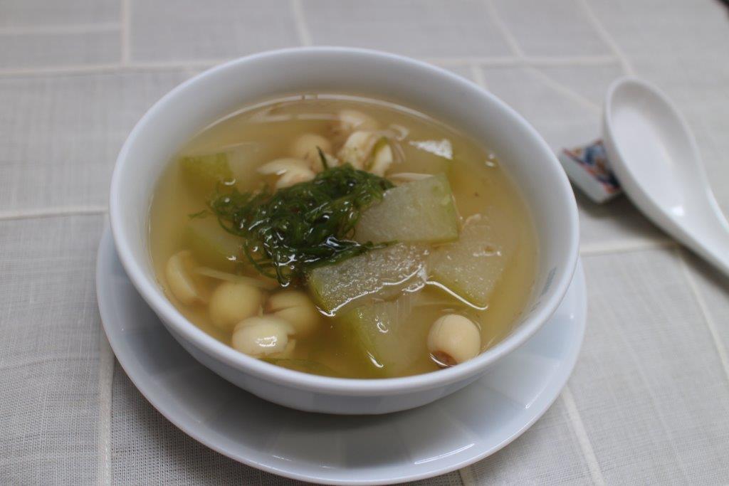 薬膳201607冬瓜とハスの実のスープ